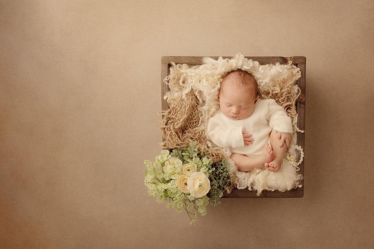 natural newborn photography Bristol